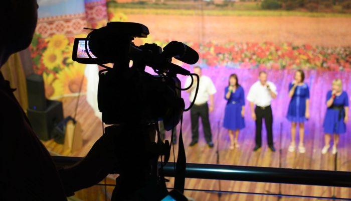 На свята «ПТРК» подарувала глядачам 12 годин прямих ефірів!